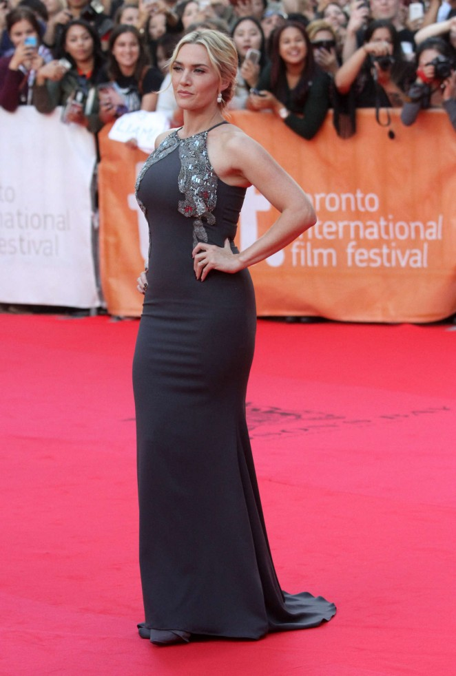kate-winslet-in-badgley-mischka-the-dressmaker-toronto-international-film-festival-premiere