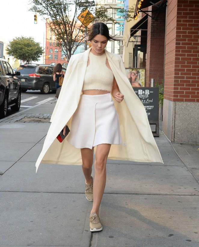 Kendall-Jenner-and-Kim-Kardashian-out-in-SoHo