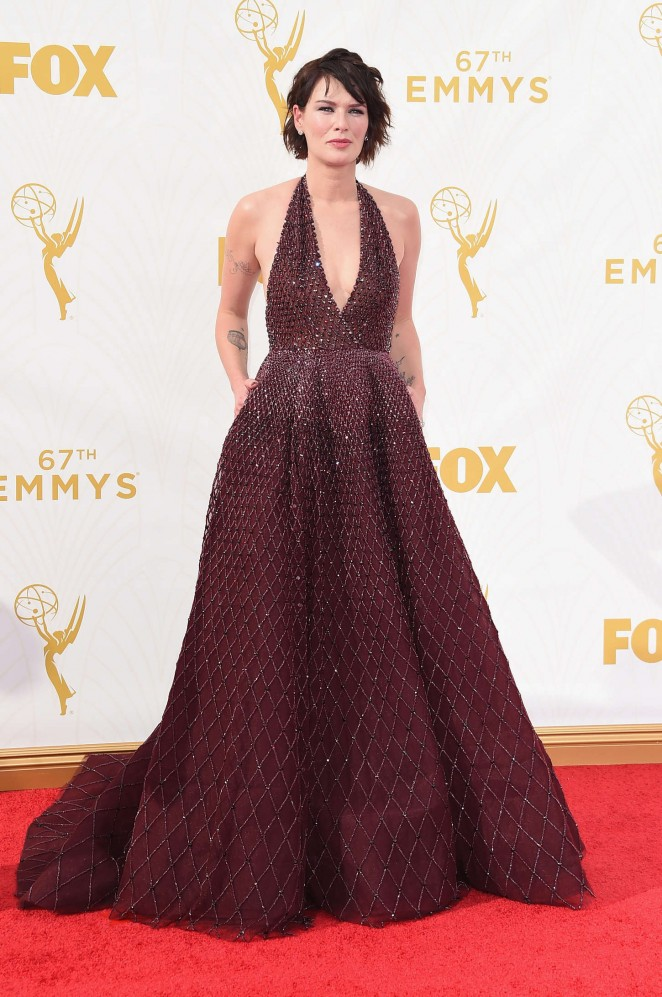 lena-headey-zuhair-murad-couture-2015-emmy-awards