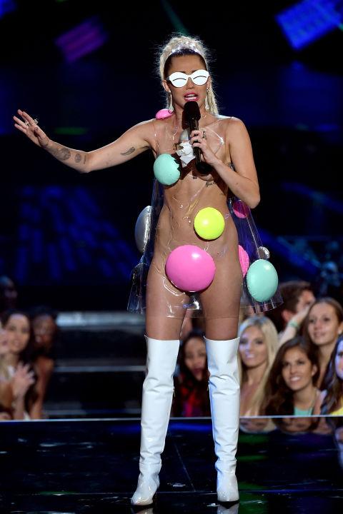 Miley-Cyrus-VMA-5