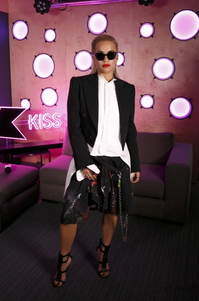 Rita-Ora--Visits-the-Kiss-FM-Studios