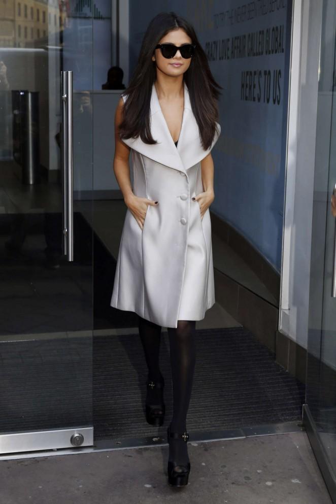 Selena-Gomez-at-Capital-Radio-Studios--