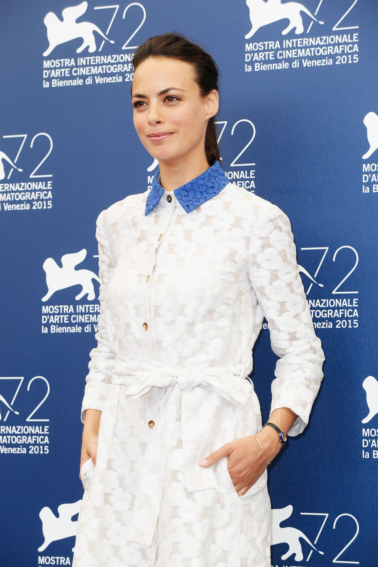berenice-bejo-the-childhood-of-a-leader-photocall-72nd-venice-film-festival_1