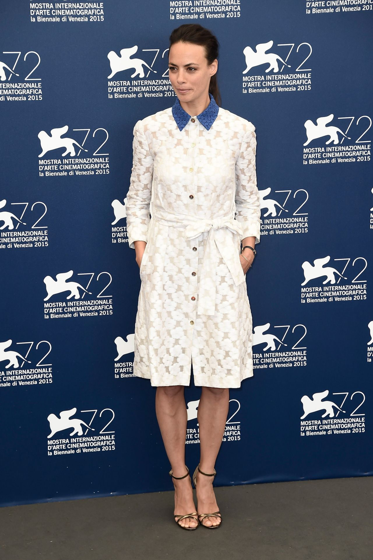 berenice-bejo-the-childhood-of-a-leader-photocall-72nd-venice-film-festival_10