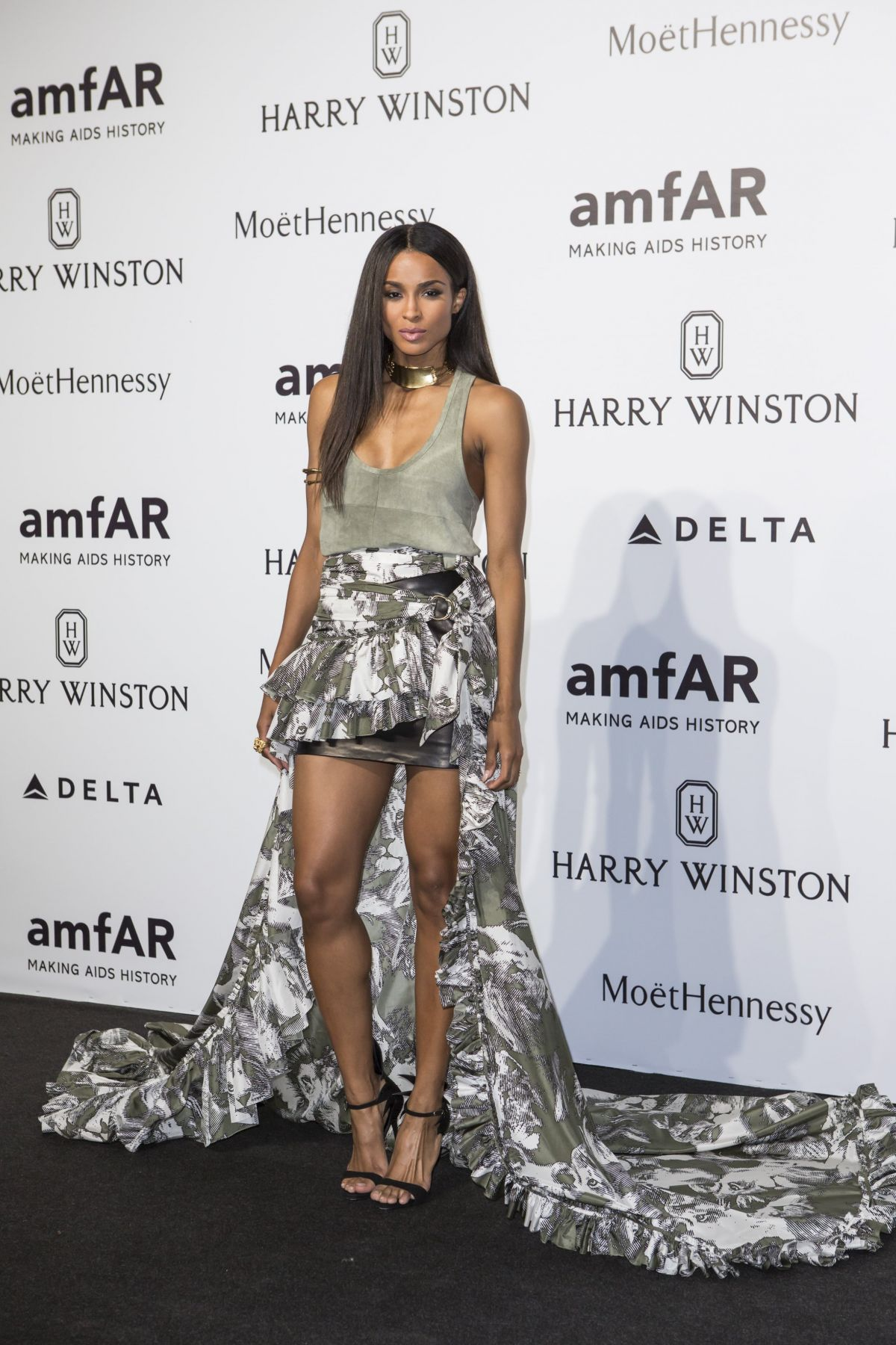 ciara-at-amfar-gala-in-milan-09-26-2015_1