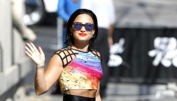 demi-lovato-at-jimmy-kimmel-live-in-hollywood-august-2015_1