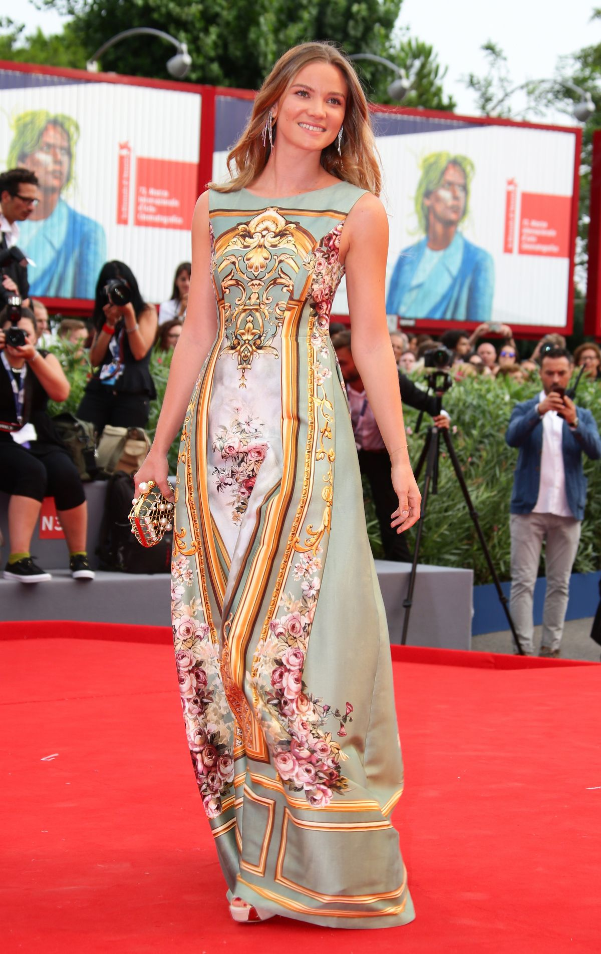fiammetta-cicogna-at-everest-premiere-and-72nd-venice-film-festival-opening-ceremony_11