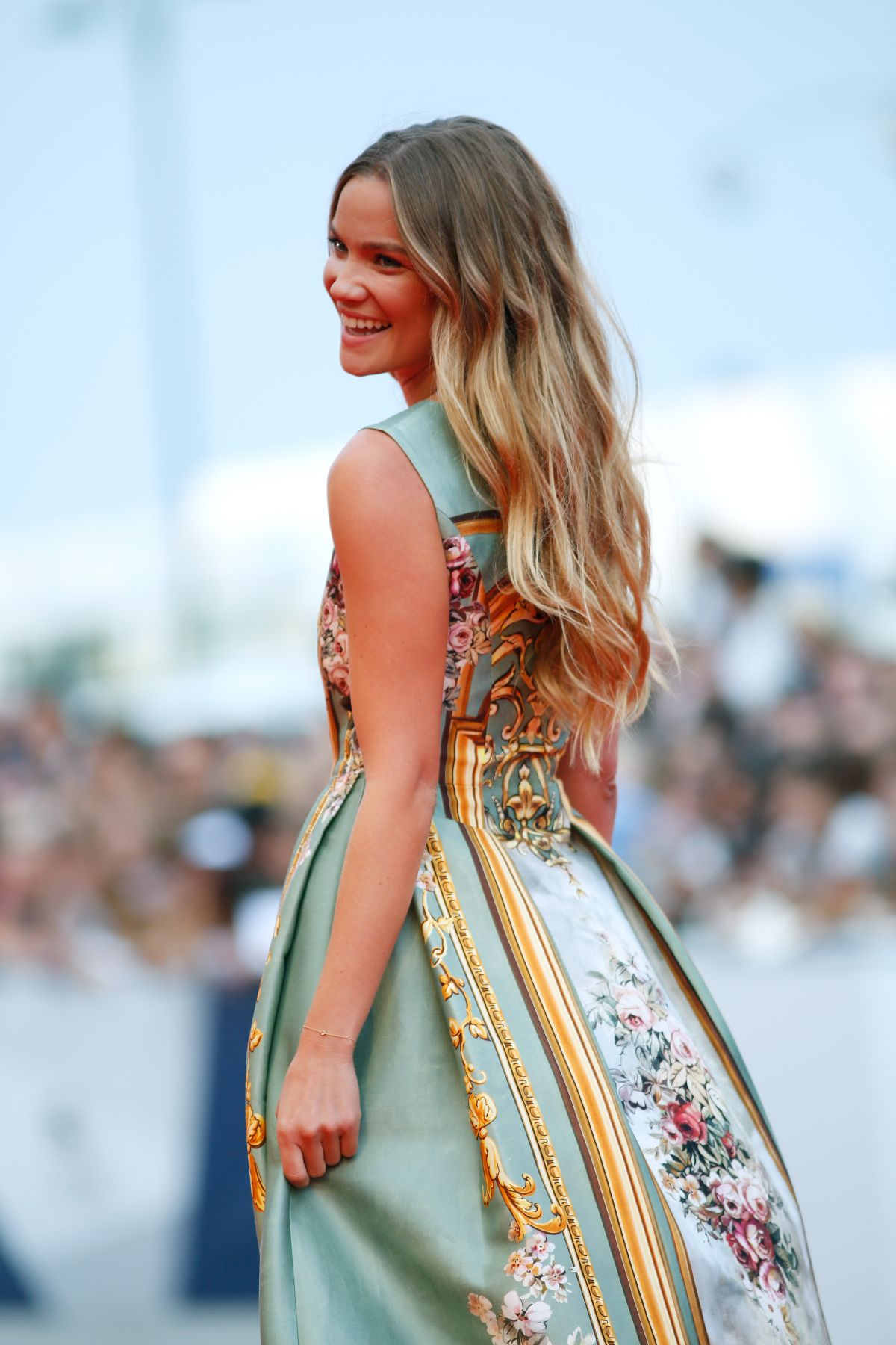 fiammetta-cicogna-at-everest-premiere-and-72nd-venice-film-festival-opening-ceremony_13