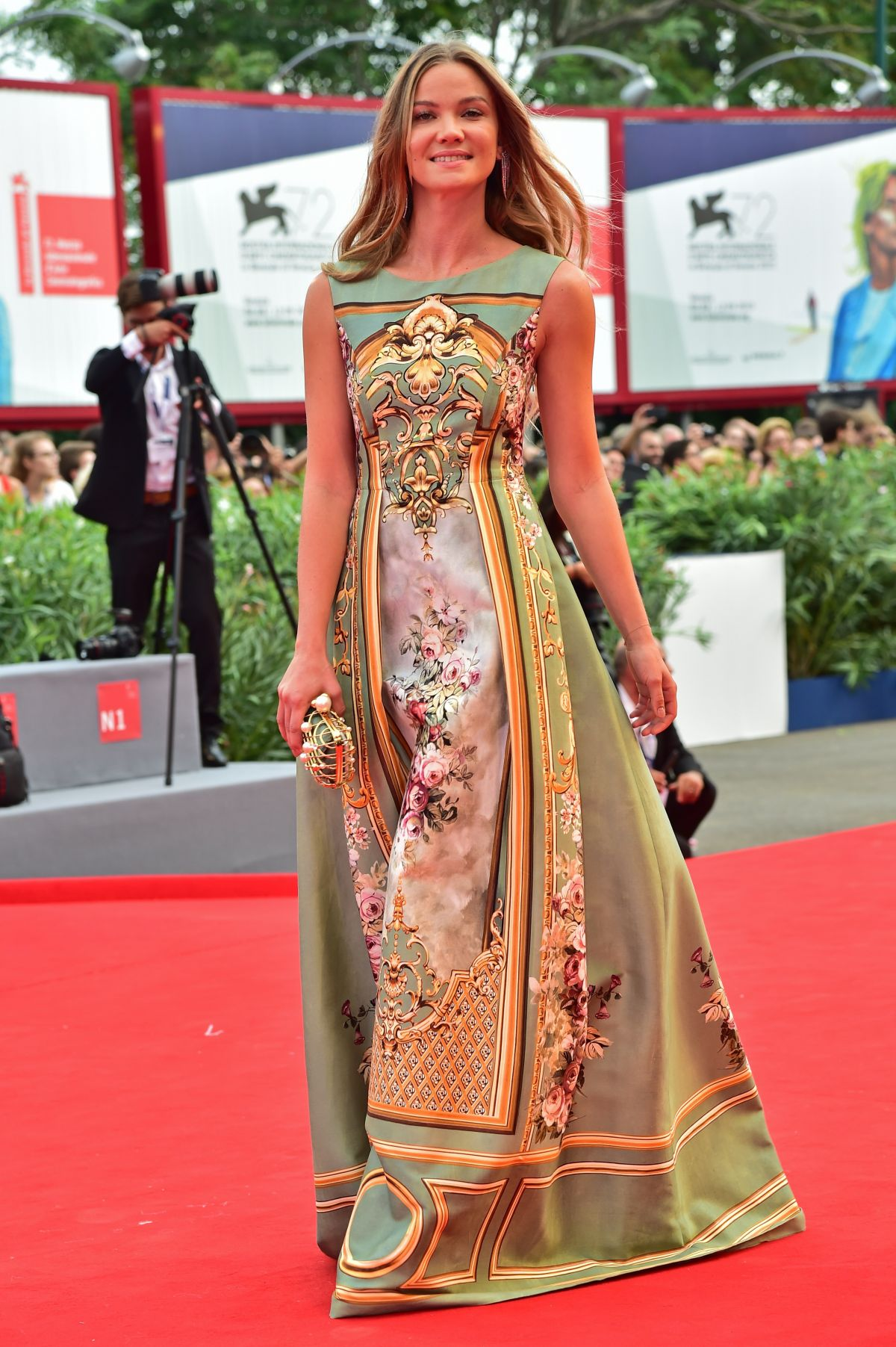 fiammetta-cicogna-at-everest-premiere-and-72nd-venice-film-festival-opening-ceremony_15