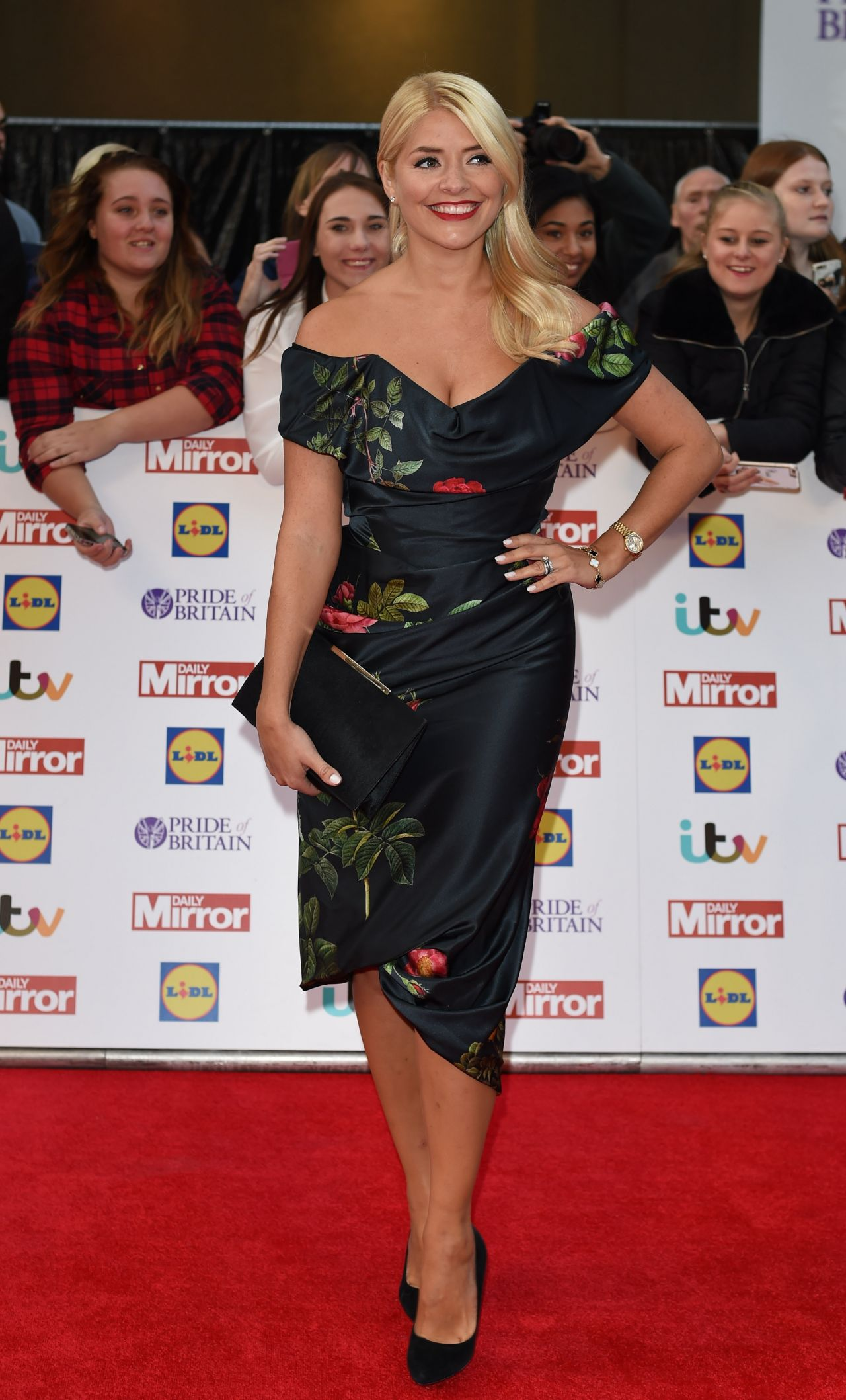 holly-willoughby-pride-of-britain-awards-2015-in-london_1