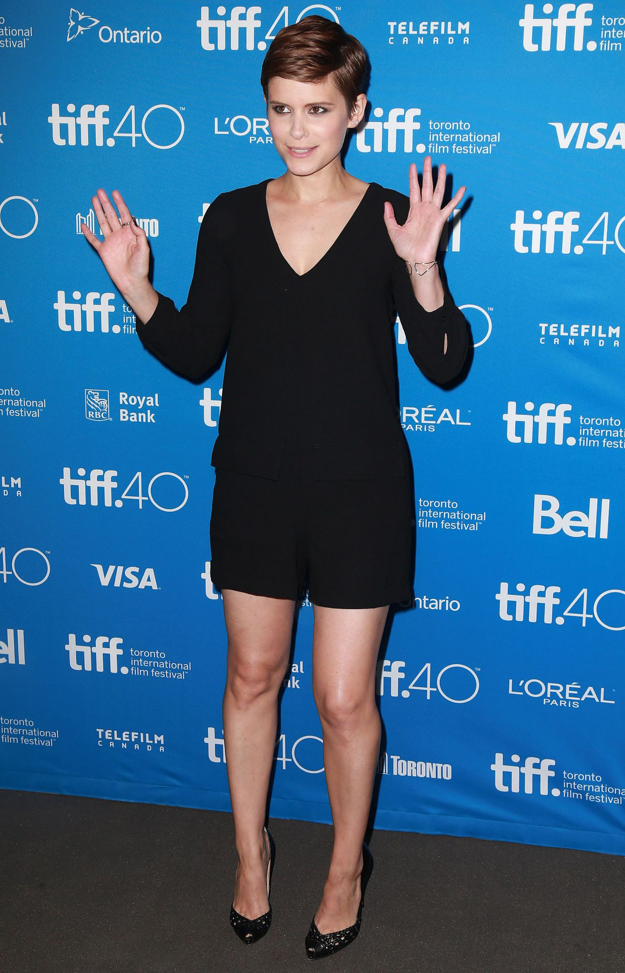 kate-mara-man-down-press-conference-at-2015-toronto-international-film-festival_4