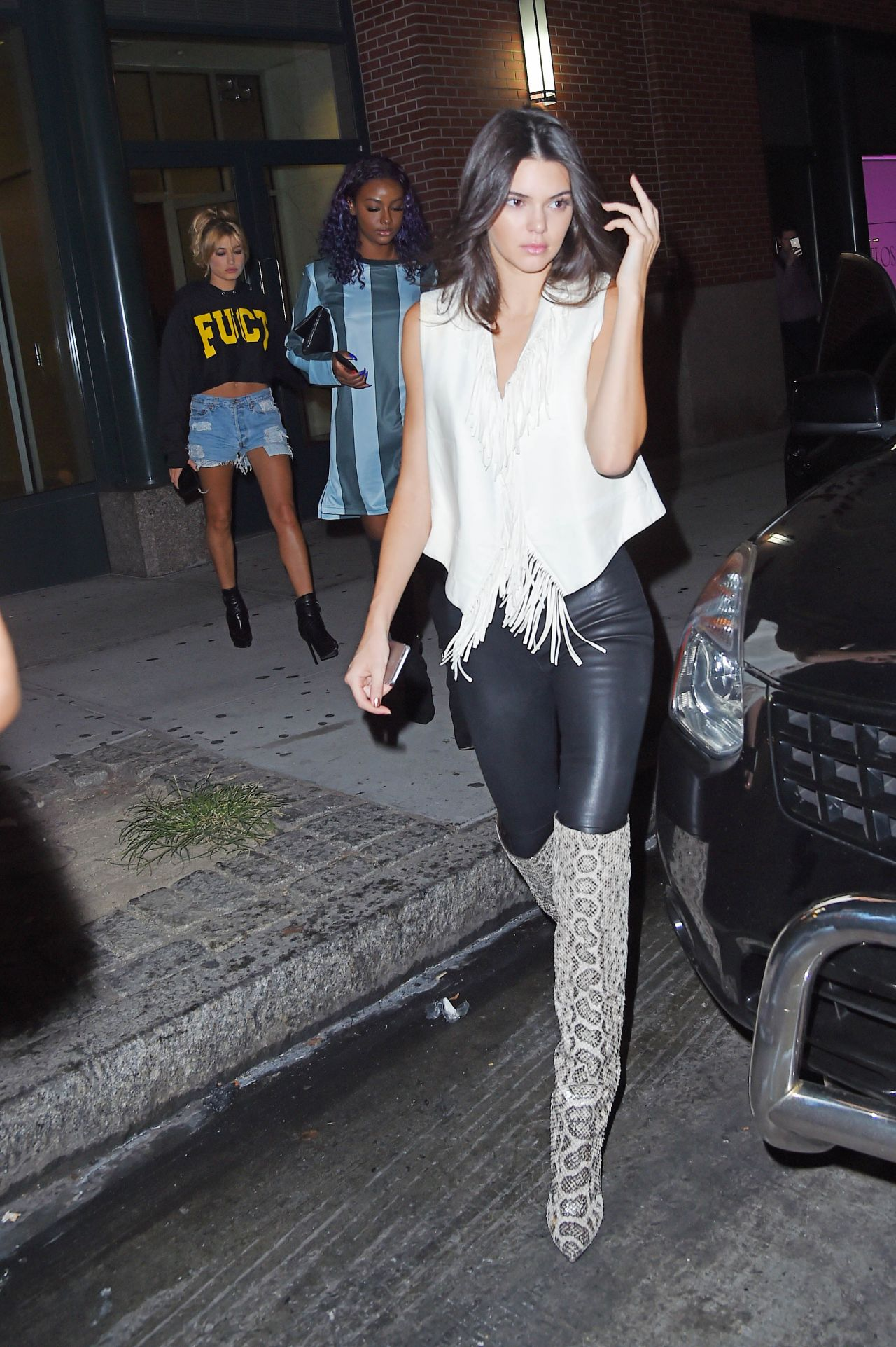 kendall-jenner-travis-scott-rodeo-listening-party-in-new-york-city_1