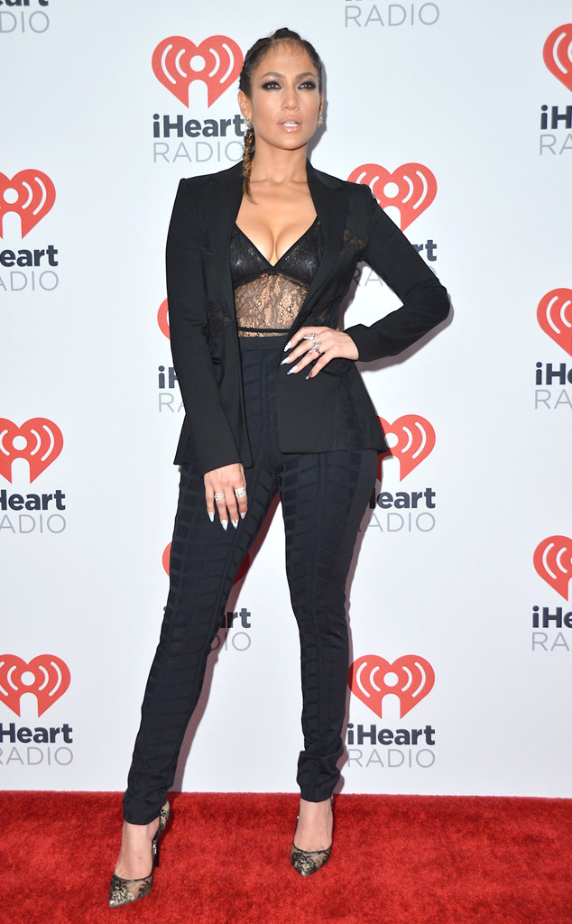jennifer-lopez-performs-at-2015-iheartradio-music-festival-her-vegas-residency