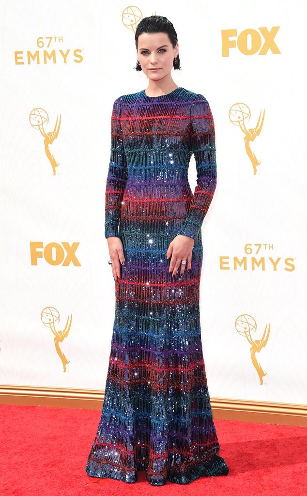 .jaimie-alexander-best-dressed -2015-emmy-awards