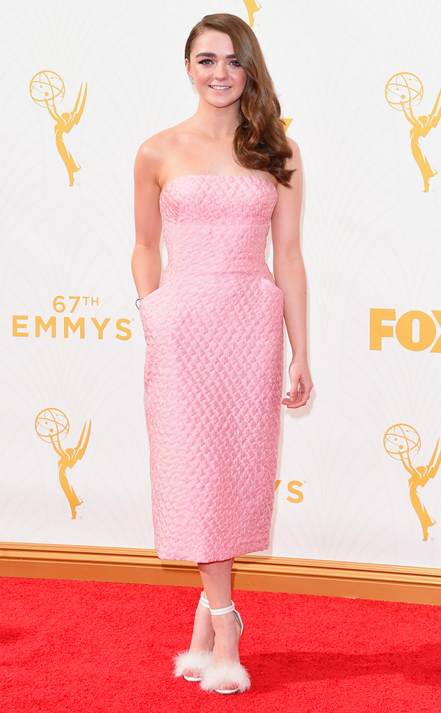 rs_-maisie-williams-emmy-awards