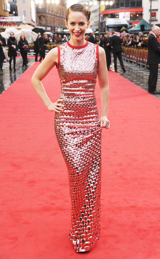 rs_634x1024-150921124714-634.Emily-Blunt-Sicario-Premiere-London-JR-92115