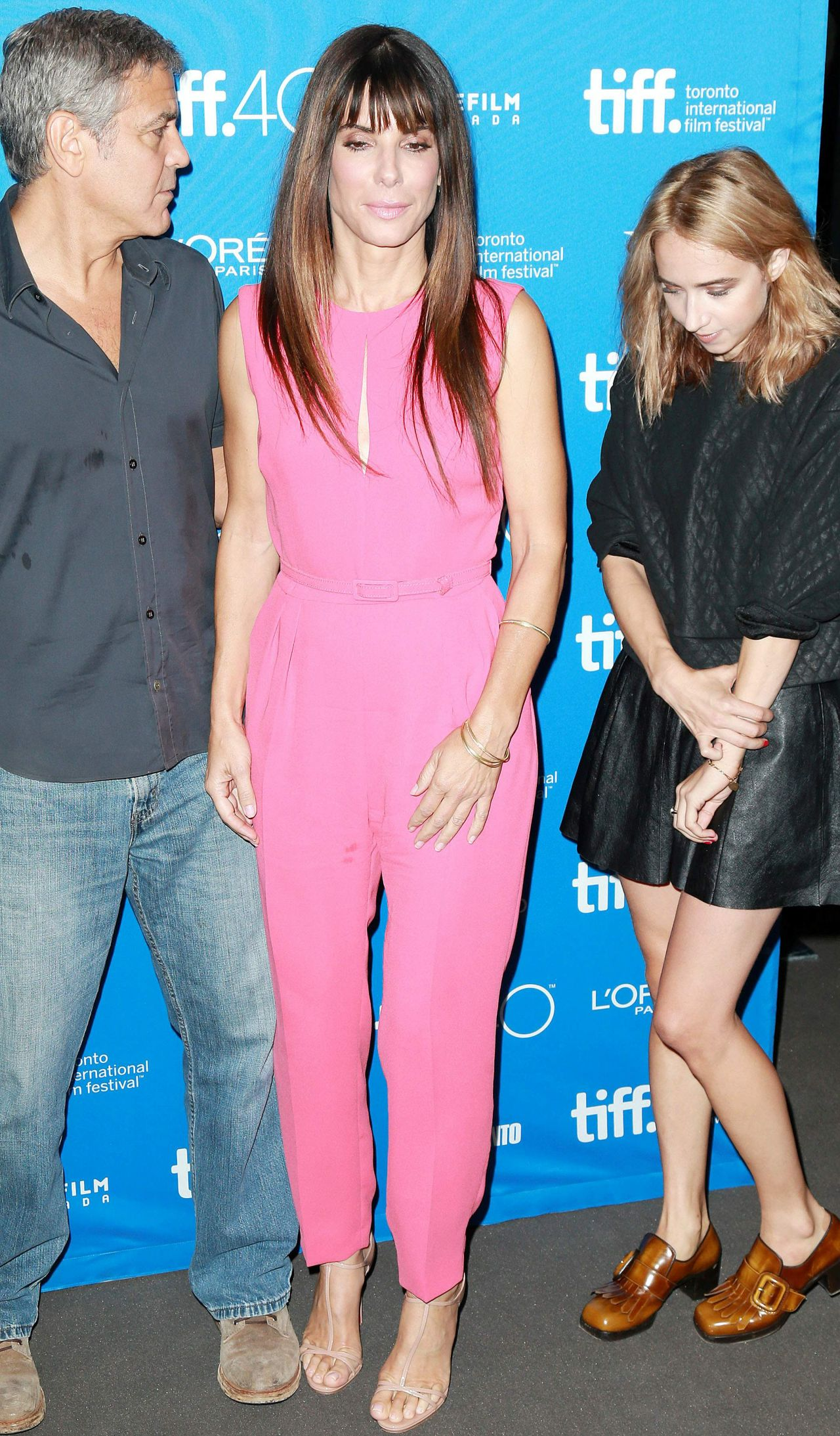 sandra-bullock-our-brand-is-crisis-press-conference-in-toronto-tiff-2015_5