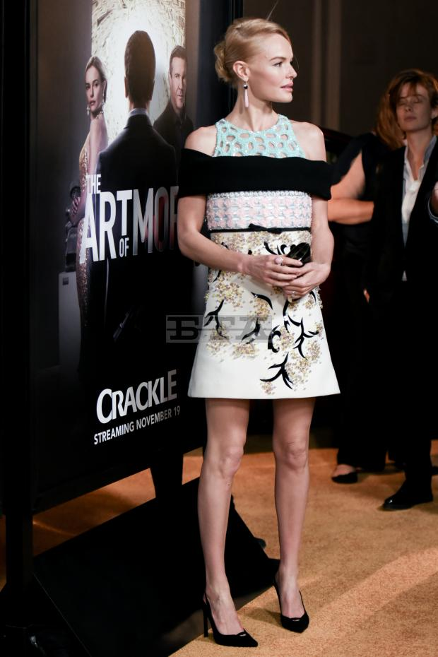 kate-bosworth-in-giambattista-valli-couture-at-the-art-of-more-la-premiere