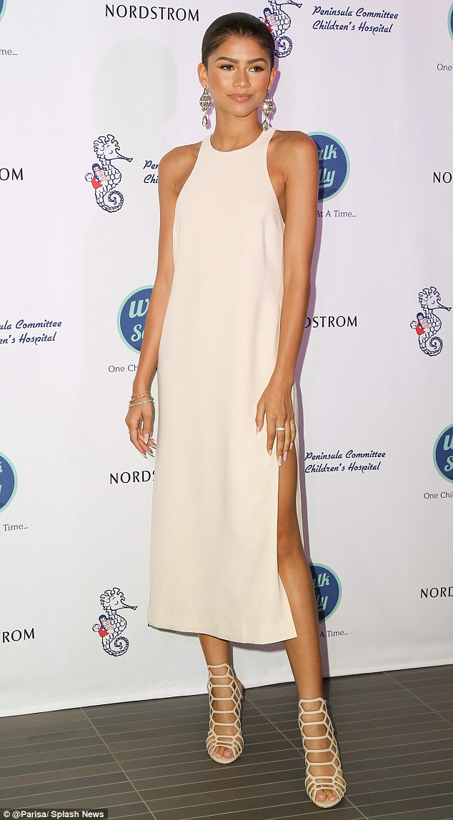 zendaya-in-elizabeth-and-james-nordstrom-del-amo-fashion-center-opening-gala