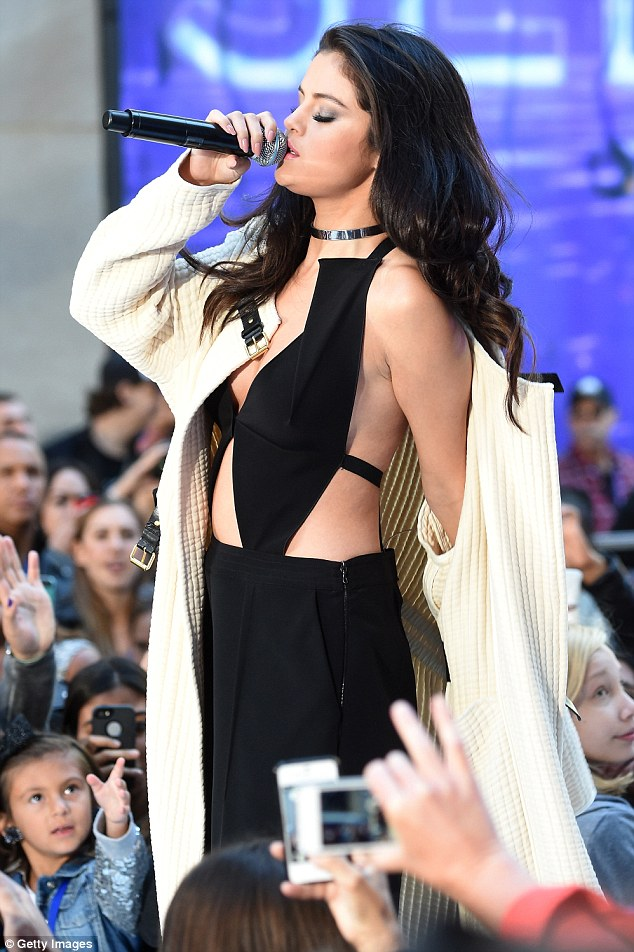 selena-gomez-in-roland-mouret-the-today-show