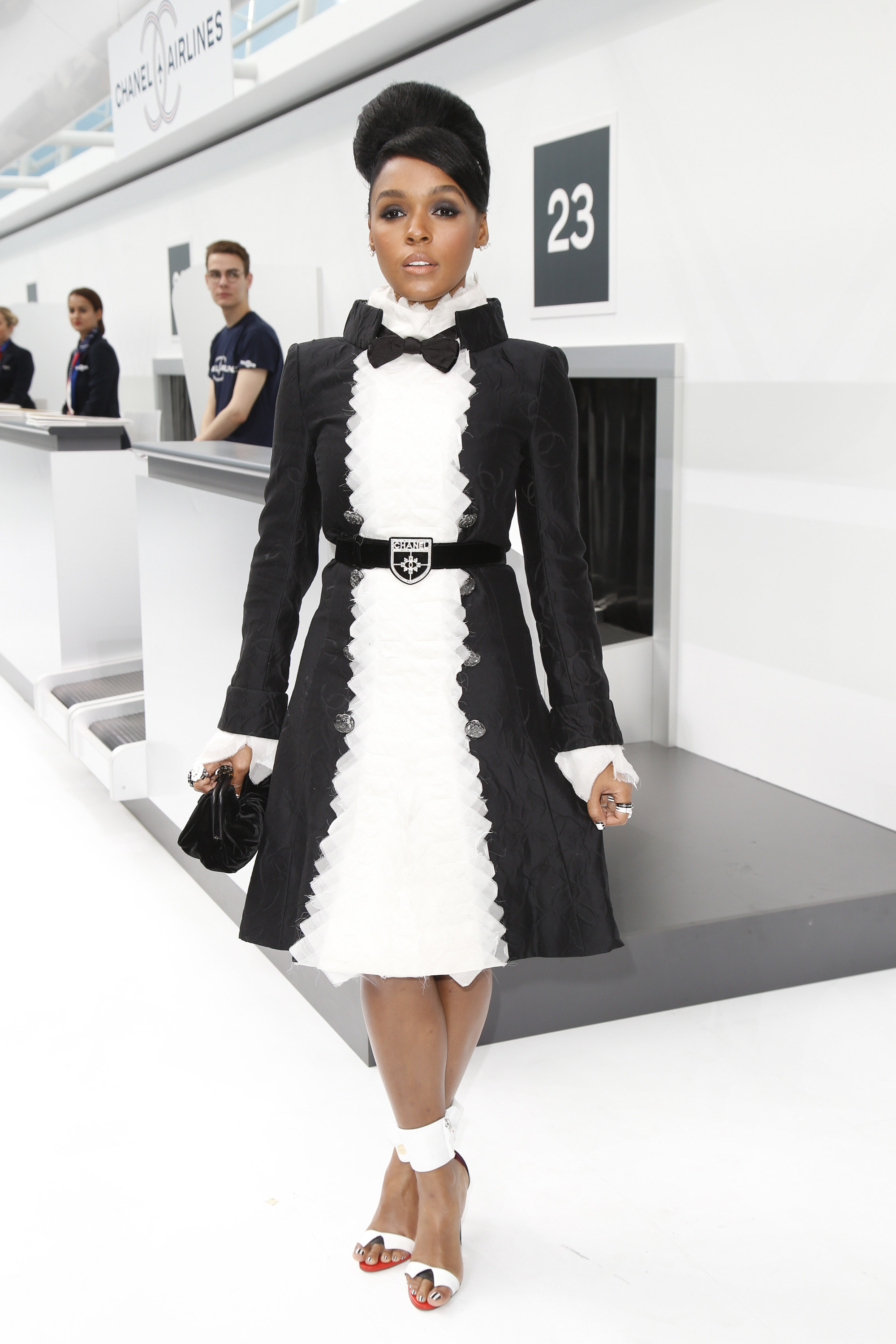 chanel-spring-2016-front-row