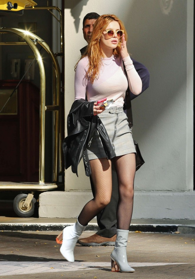 Bella-Thorne-Leggy-in-Short-Skirt--07-662x946