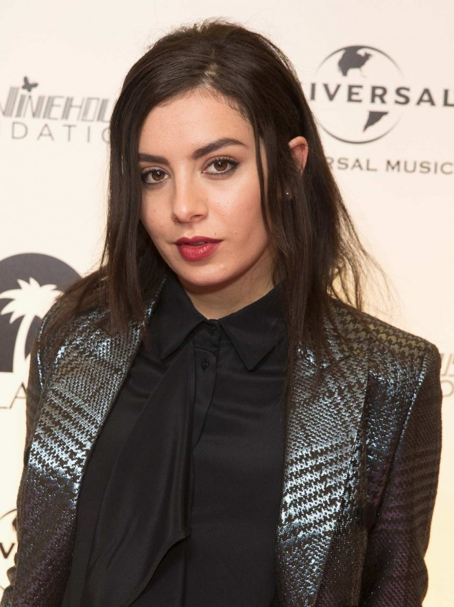 Charli-XCX--Amy-Winehouse-Foundation-Gala--01-662x884