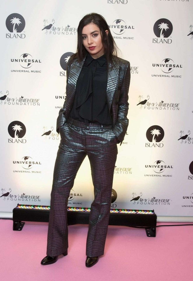 Charli-XCX-Amy-Winehouse-Foundation-Gala-02-662×965