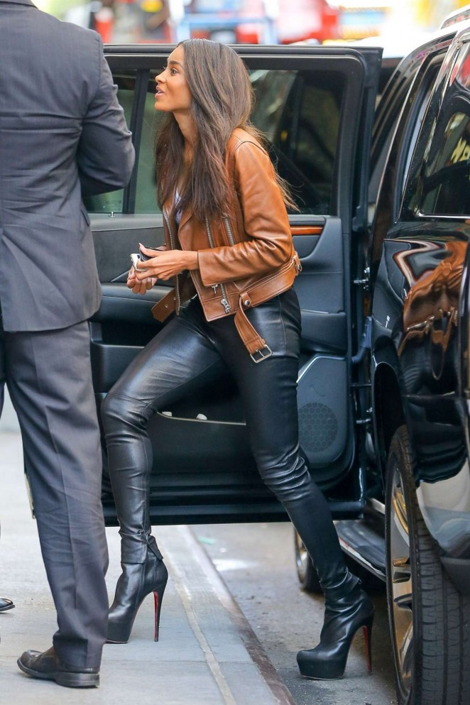 Ciara--in-Leather-Parts-Leaves- MTV- Studios -in -NY