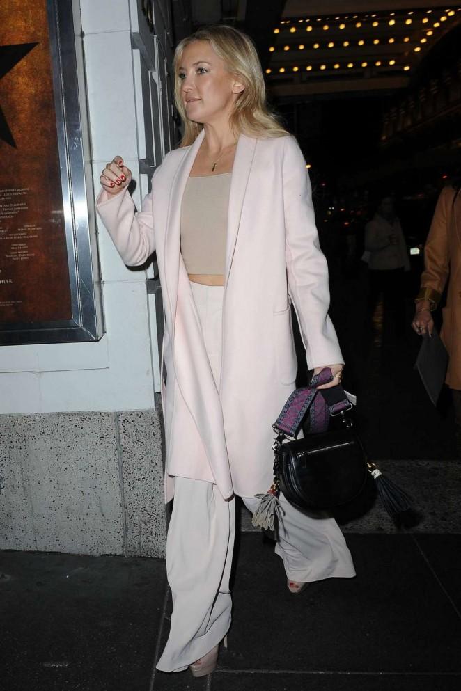 Kate-Hudson--Out-in-Manhattan--02-662x993