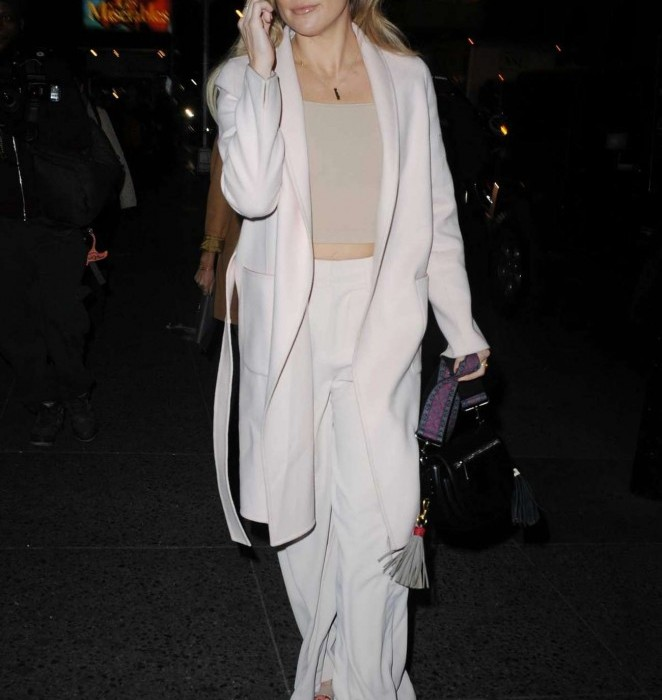 Kate Hudson – Out in Manhattan