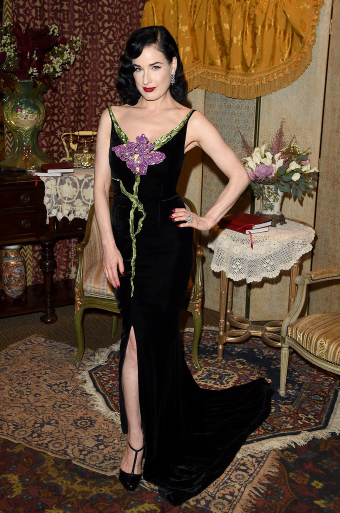 dita-von-teese-in-alexis-mabille-at-a-tiffany-co-celebration