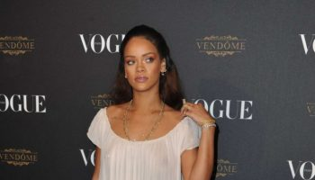 Rihanna-Vogue-95th-Anniversary-Party-01-662×1071