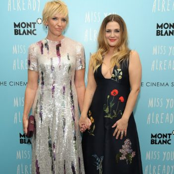 Toni-Collette-and-Drew-Barrymore1