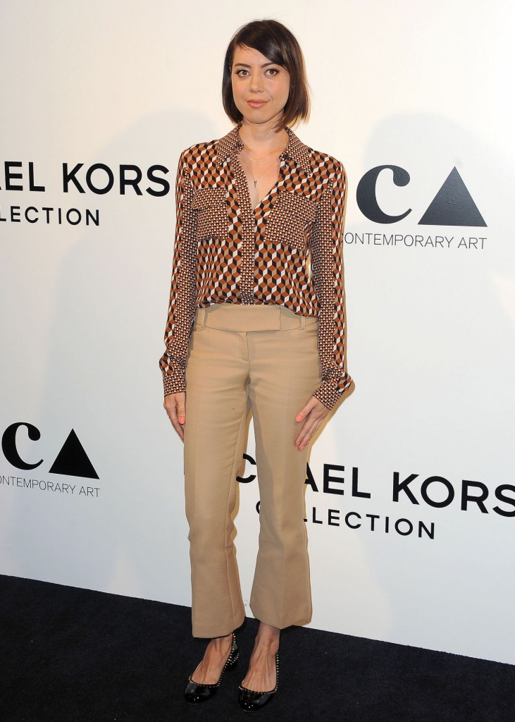 aubrey-plaza-distinguished-women-in-the-arts-luncheon-in-beverly-hills-october-2015_1