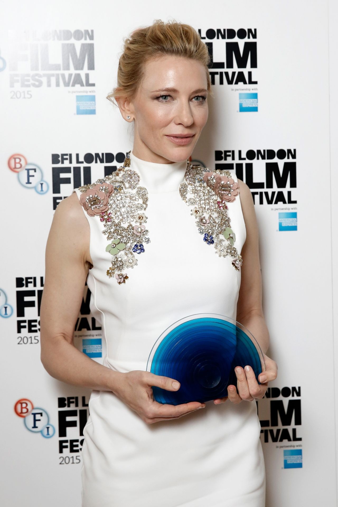 cate-blanchett-2015-bfi-london-film-festival-awards-in-london_10