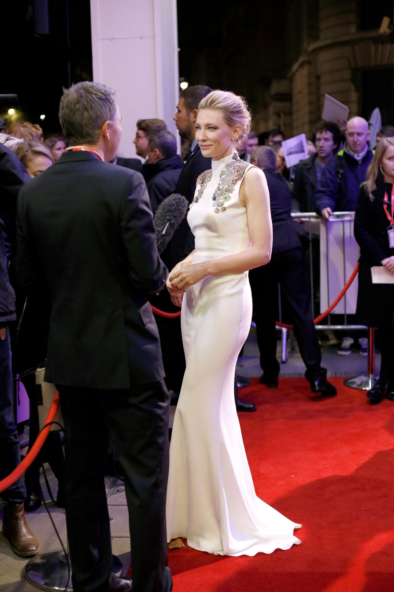 cate-blanchett-2015-bfi-london-film-festival-awards-in-london_5