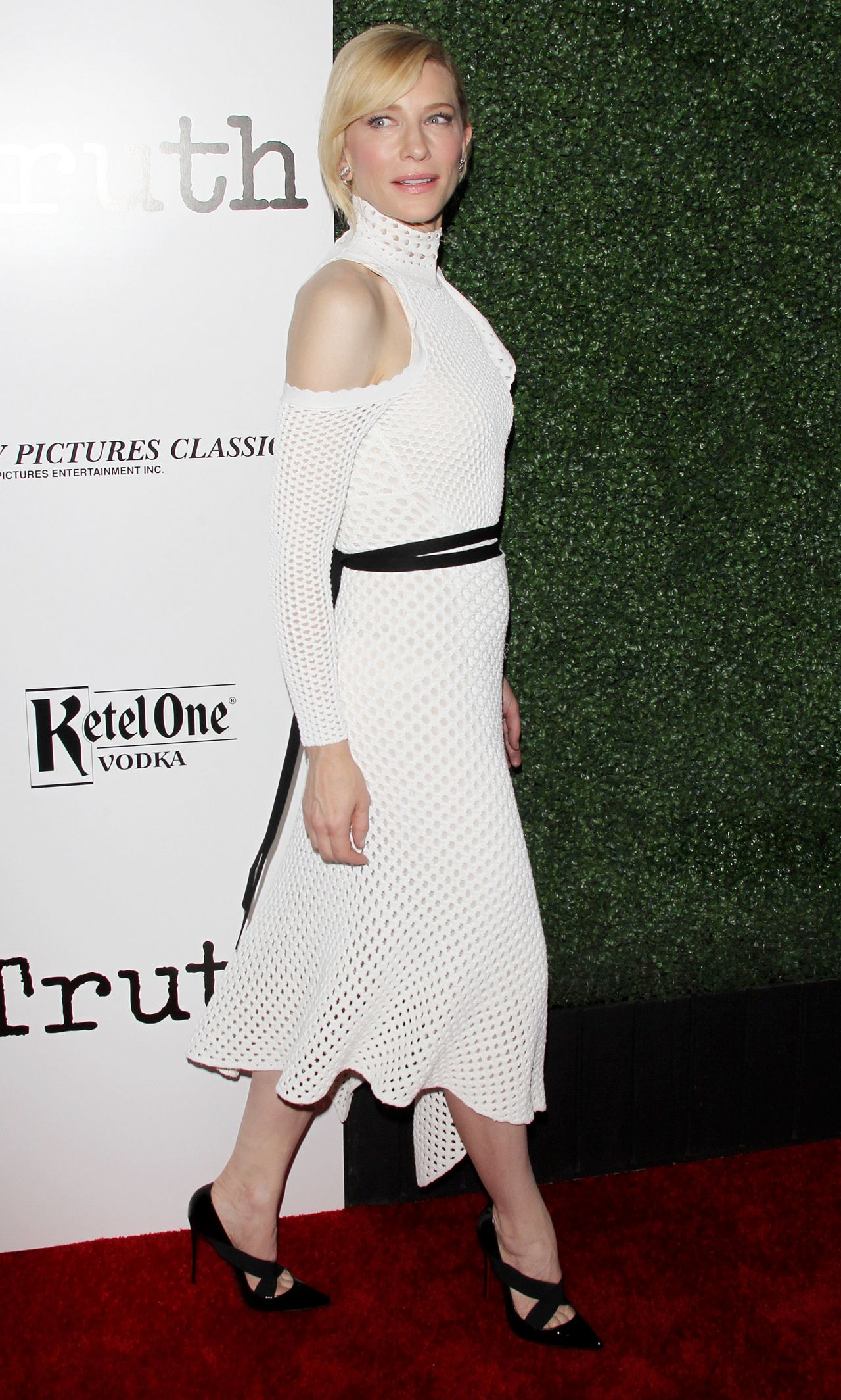cate-blanchett-industry-screening-of-truth-in-los-angeles_12