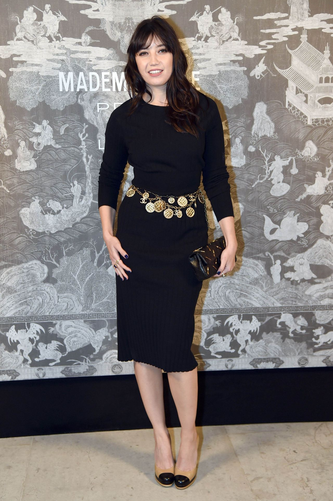 daisy-lowe-chanel-exhibition-party-in-london-october-2015_3