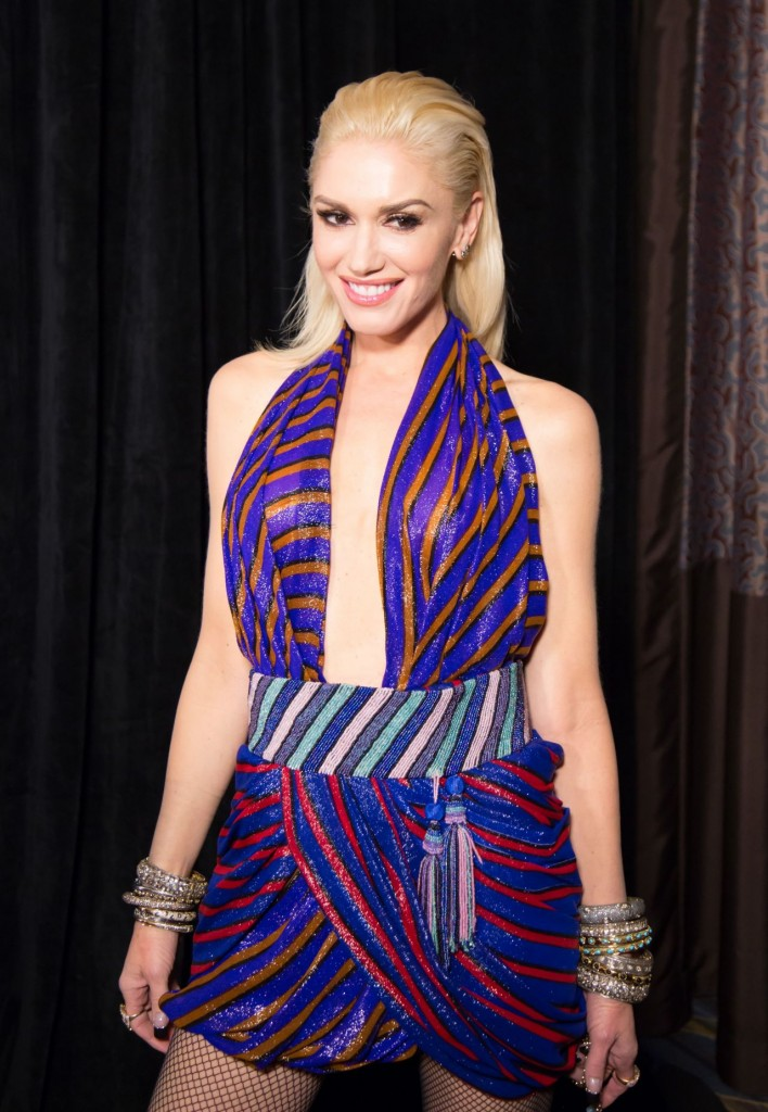 gwen-stefani-ucla-neurosurgery-visionary-ball-in-los-angeles-october-2015_8