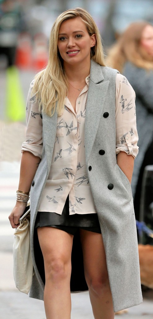 hilary-duff-younger-set-in-nyc-october-2015_5