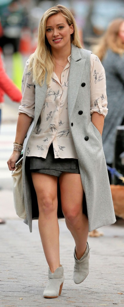 hilary-duff-younger-set-in-nyc-october-2015_6
