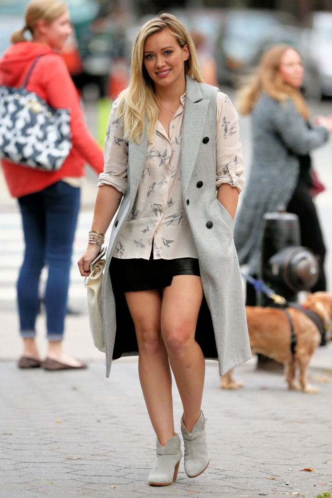 hilary-duff-younger-set-in-nyc-october-2015_8
