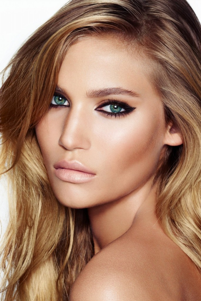 how-to-perfect-the-cat-eye-1024x1536