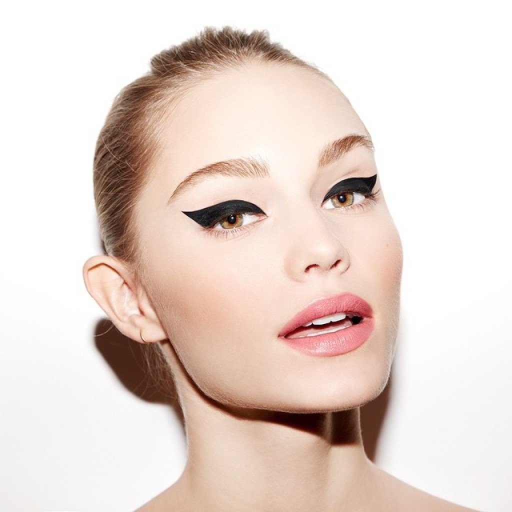 how-to-perfect-the-cat-eye4-1024x1024