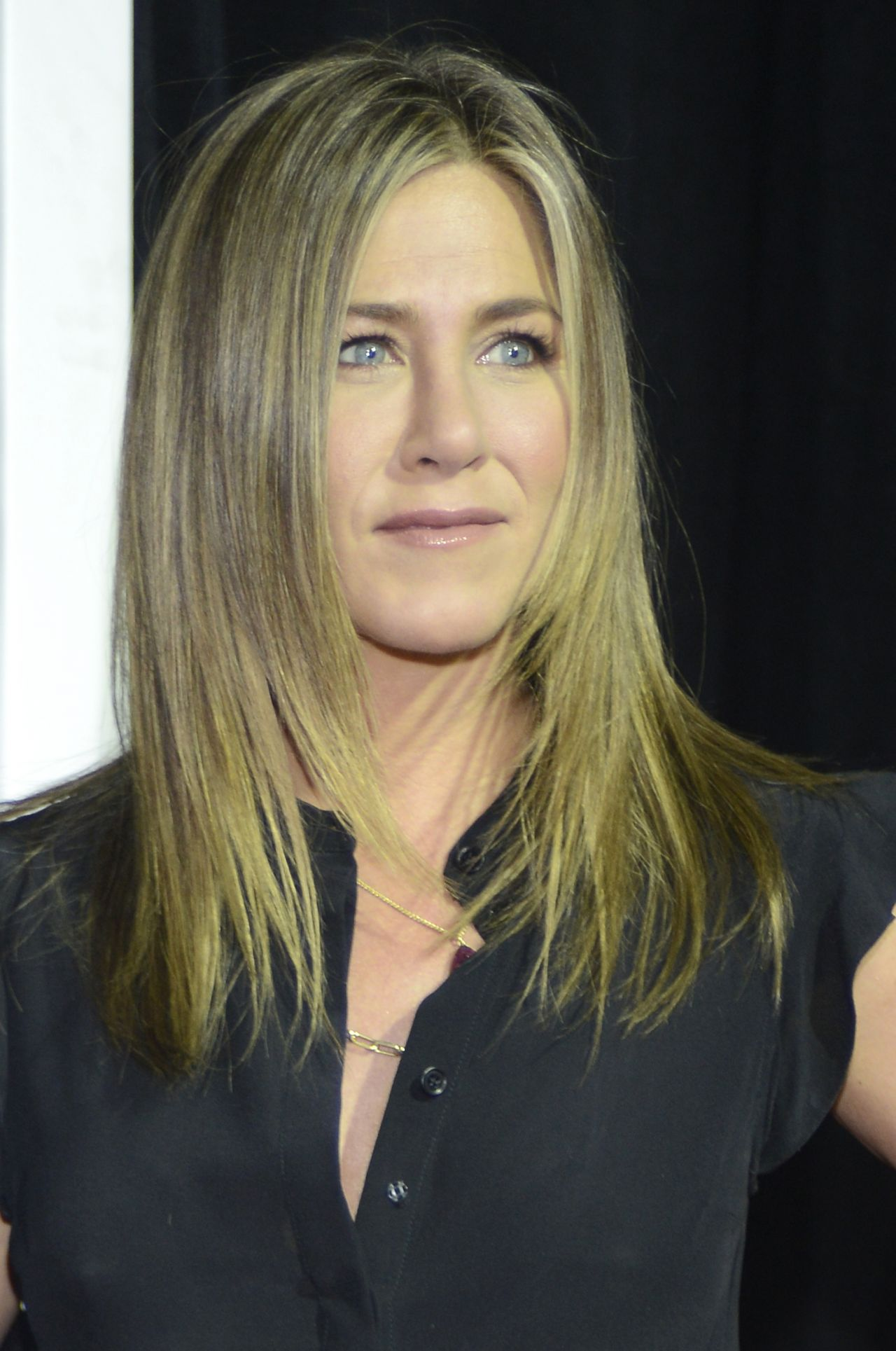 jennifer-aniston-hbo-s-the-leftovers-season-2-premiere-atx-television-festival-in-austin_1