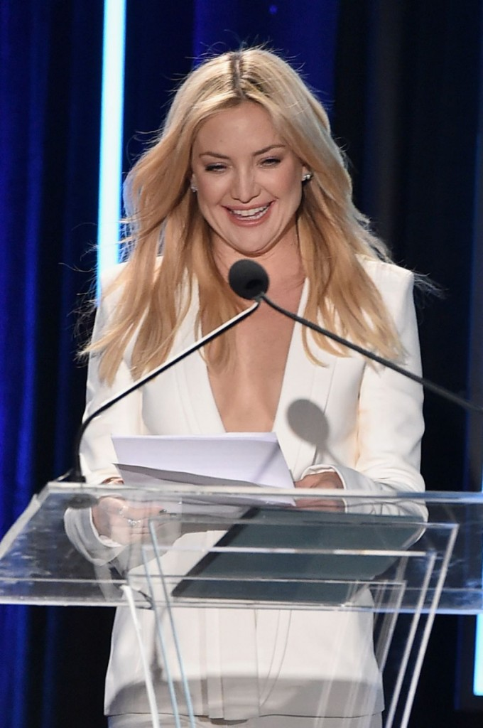 kate-hudson-2015-american-cinematheque-award-honoring-reese-witherspoon-in-los-angeles_21