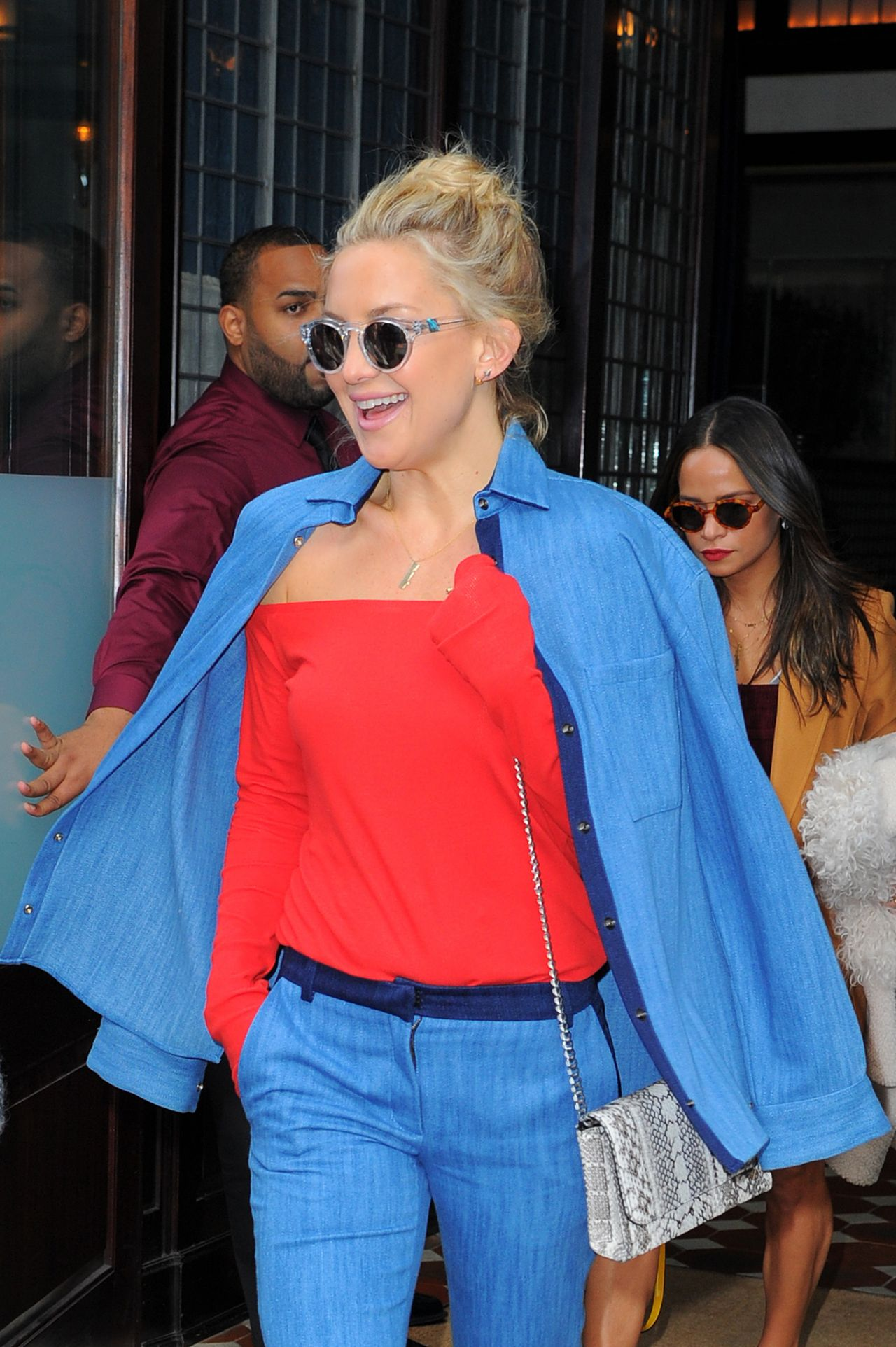 kate-hudson-style-leaving-her-hotel-in-nyc-october-2015_2