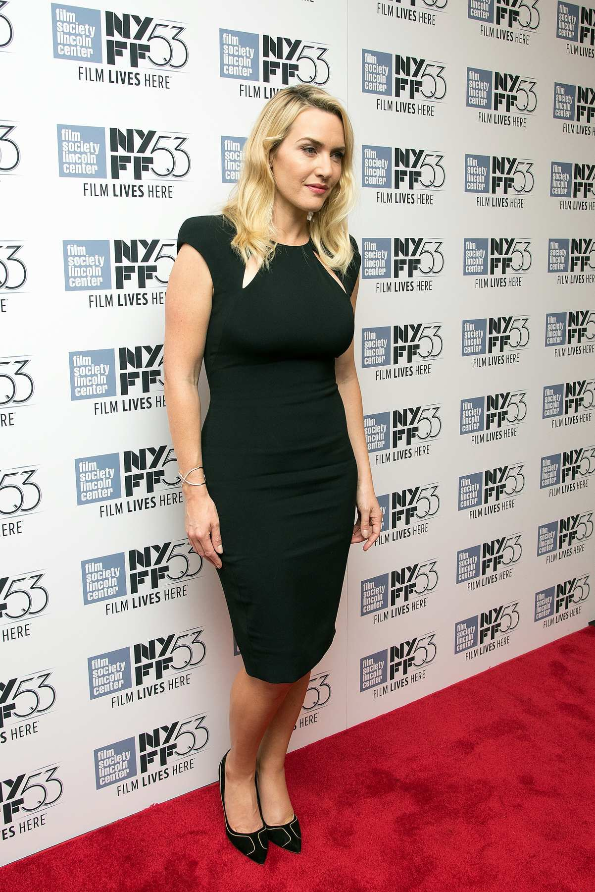 kate-winslet-in-tom-ford-at-an-evening-with-kate-winslet