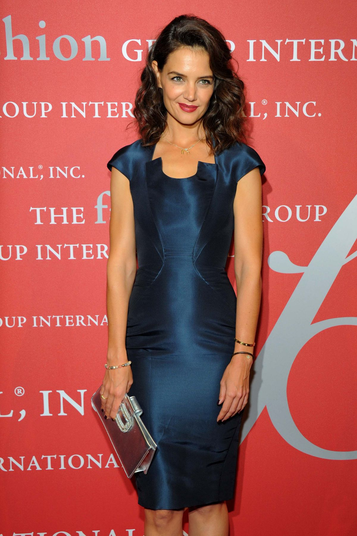 katie-holmes-at-2015-fashion-group-international-night-of-stars-gala-in-new-york-10-22-2015_1
